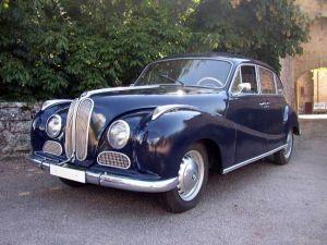BMW 501 それは現在のドイツBMW 4輪自動車の原点と言える車です。の画像