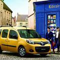 ルノー カングー 広い空間と個性的なスタイルで人気のフランス車のサムネイル画像